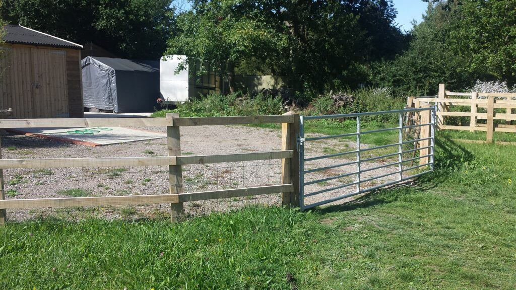 Stock Fencing & Gates